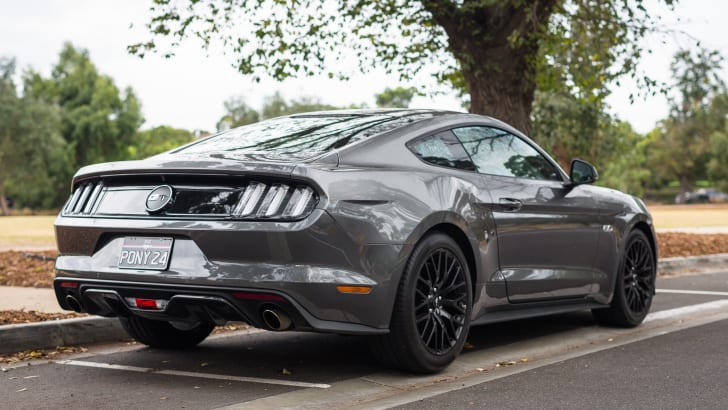 2016-ford-mustang-gt-v8-manual-grey-55