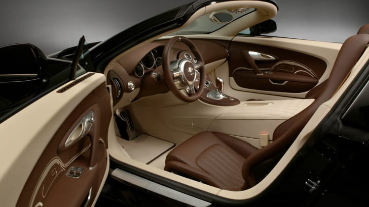 BugattiVeyronLegend11
