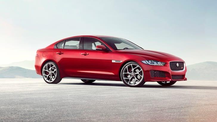 2015 Jaguar XE_19