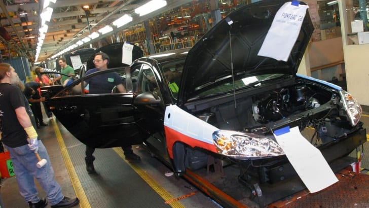 A New 2005 Pontiac G6 Assembled At GM's Orion Plant