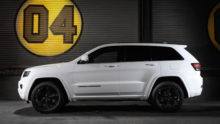 jeep-grand-cherokee-blackhawk-3