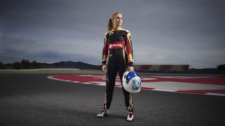 Lotus_Formula1_Carmen Jorda_0001