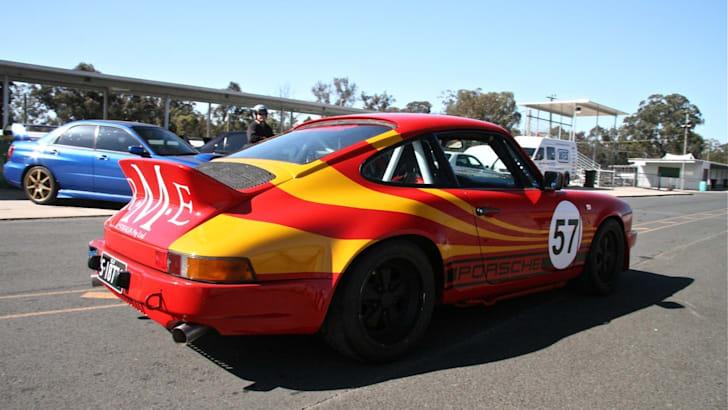 Porsche 2 innpits