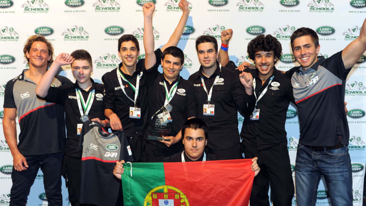 Land Rover 4x4 in Schools 2016 3rd place Portugal team with Land Rover BAR sailors