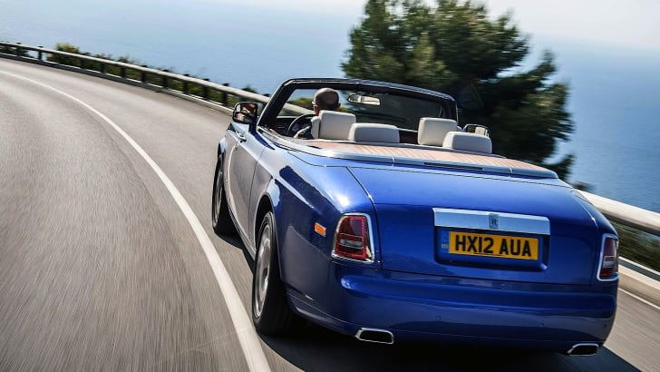 Rolls-Royce-Phantom-Drophead-Coupe-2