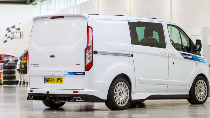 ford-transit-custom-m-sport-rear