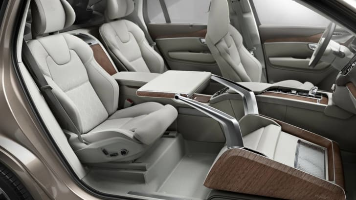 volvo_xc90_excellence_02_lounge-console_03