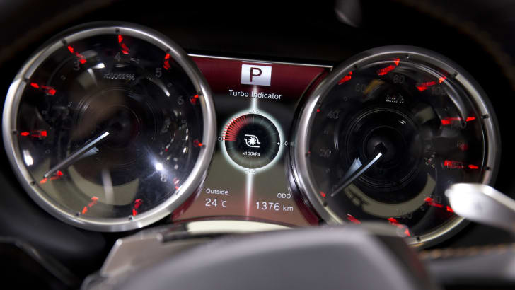 Instrument panel in Lexus LFNX