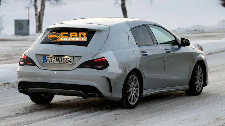 Mercedes-Benz CLA Shooting Brake Spied - 7