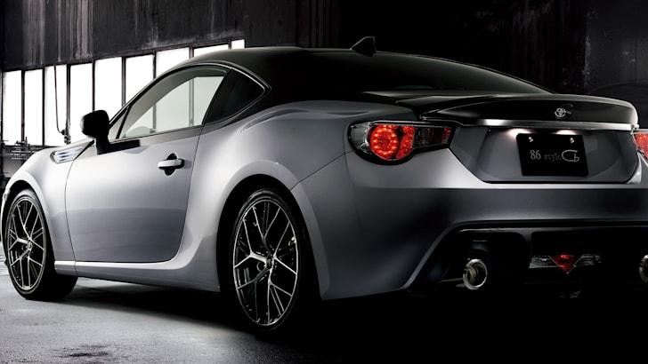 toyota-86-style-cb-rear