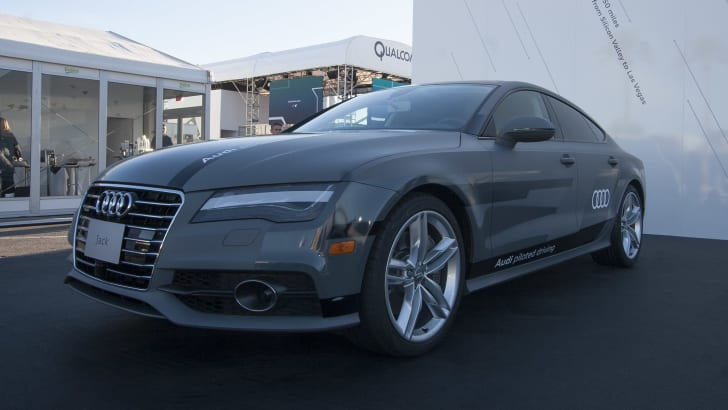 audi-a7-piloted-driving-concept-ces-outdoor