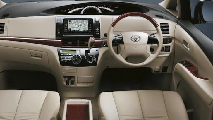 Toyota Tarago - 6
