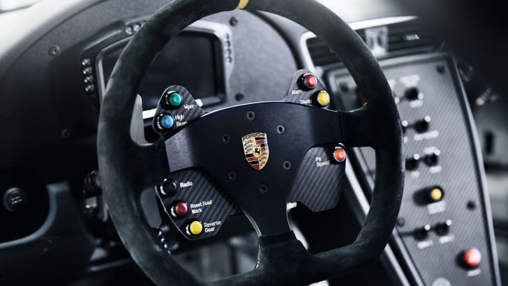porsche-911-gt3-cup-interior