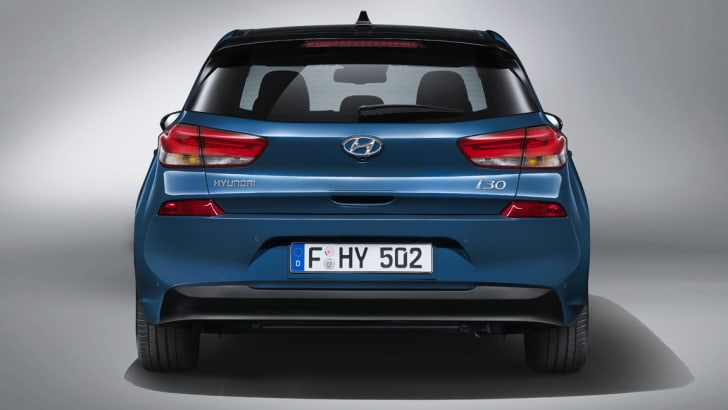 2017_hyundai_i30_official_03
