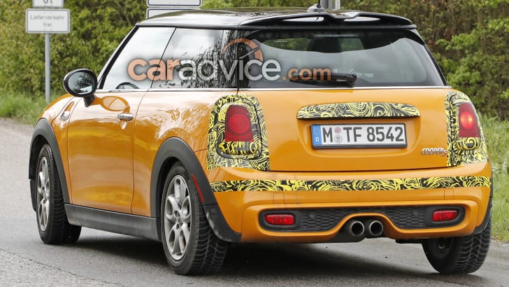 mini-hatch-cooper-s-facelift-spy-7-rear