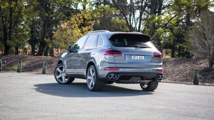 2016 Luxury SUV Comparo_Range Rover Sport V Jaguar F Pace V Porsche Cayenne V Volvo XC90 V BMW X5 V Audi Q7 V Lexus RX350 V Merc GLE250d-93