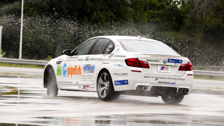 BMW M5 Drifting World Record - 3