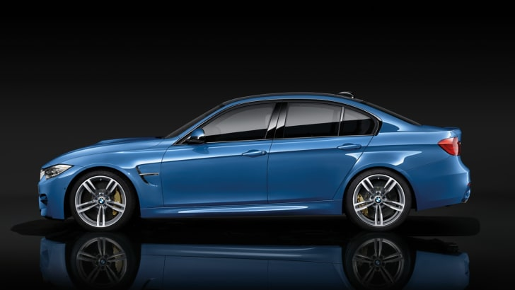 2014-BMW-M4-08