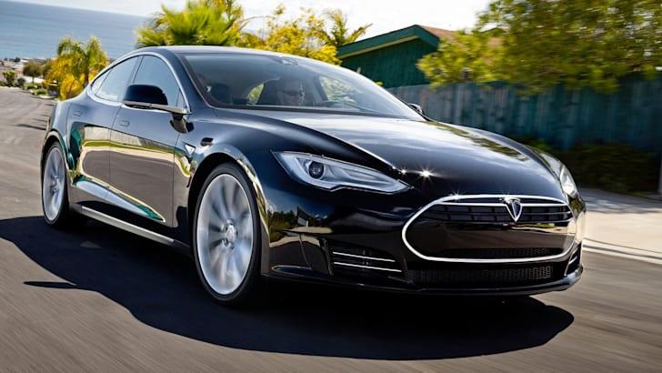 Tesla Model S - 1