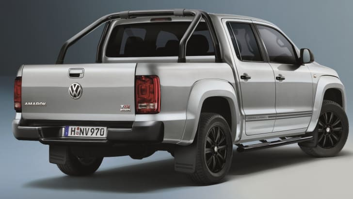 volkswagen-amarok-dark-label-2