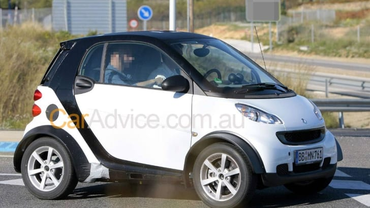2012-Smart-Fortwo-mule-001