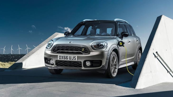 2017_mini_se-countryman_02