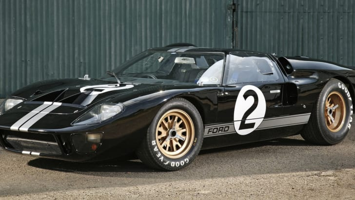 1966 Ford GT40 - Front
