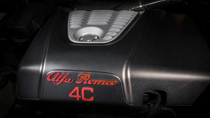 Alfa Romeo 4C_11