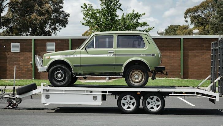 lada-niva-trailer