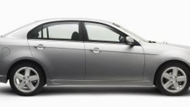 2007 Holden Epica Side