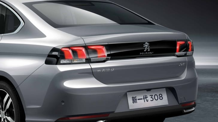 2016_peugeot_308-sedan_china_04a