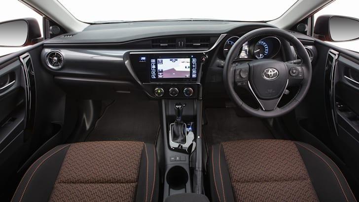 2015 Toyota Corolla SX hatch