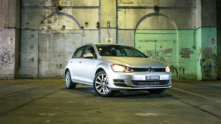 2016 Small Hatch Comparison Mazda 3 SP25 Astina V Volkswagen Golf 110TSI Highline V Hyundai i30 SR Premium-28