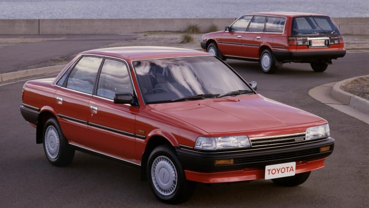 1989 Toyota Camry sedan and wagon. 974-9-16