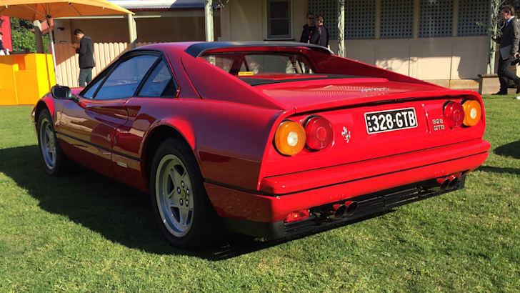 Ferrari-328-GTB-2