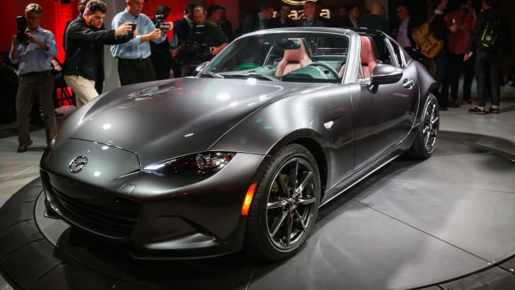 nyias-miss-pm-mazda-mx-5-rf