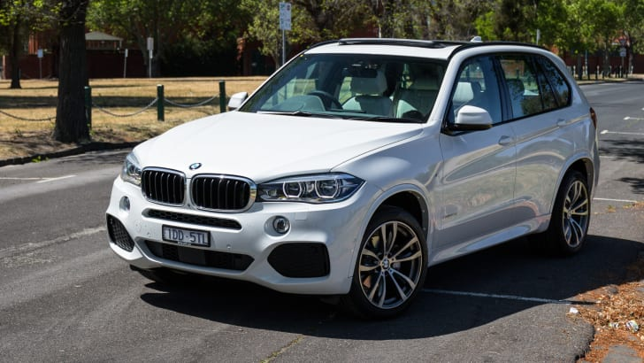 2016-bmw-x5-xdrive-30d-white-11