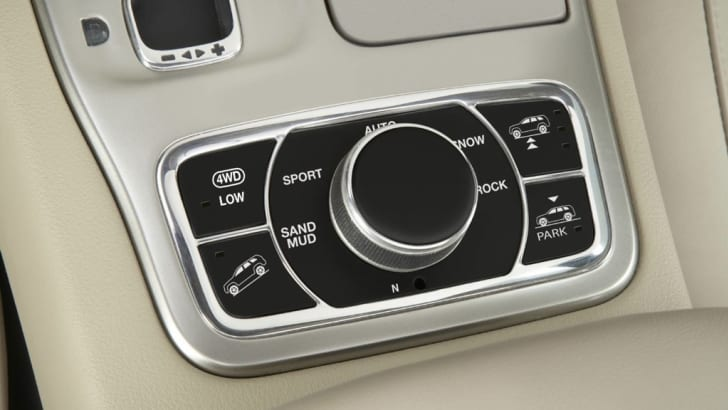 2011 Jeep Grand Cherokee Selec-Terrain system
