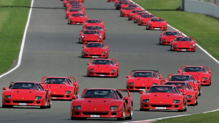 Ferrari F40 Silverstone Parade - 1