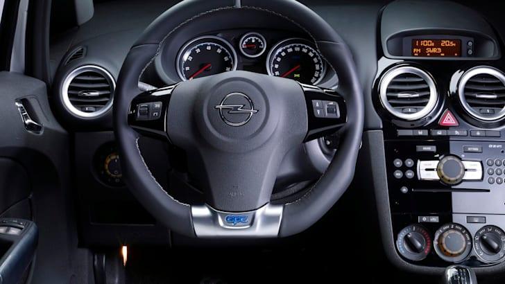 Opel Corsa OPC - 7
