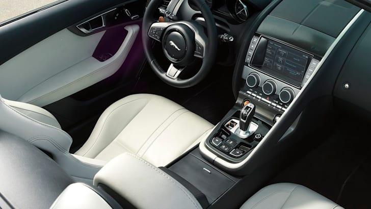 Jaguar F-Type - Interior