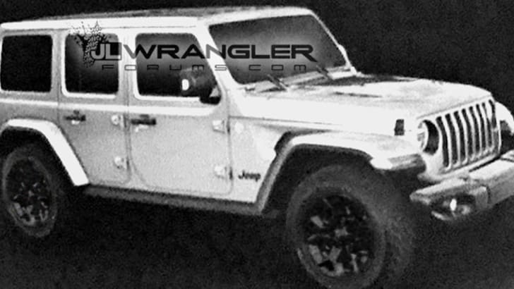 jeep-wrangler-unlimited-rubicon-leak-front