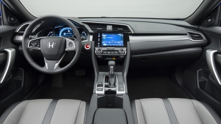 2016_honda_civic-coupe_overseas_07