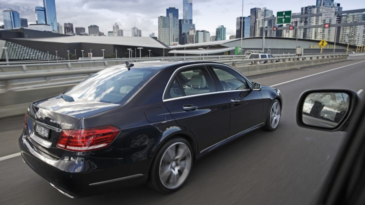Mercedes-Benz E300 Hybrid - 5