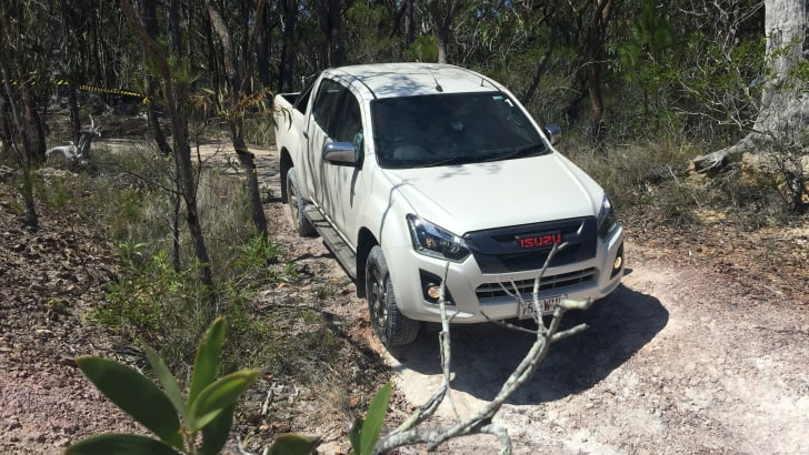 2017_isuzu_d-max_australian-first-drive-review_16