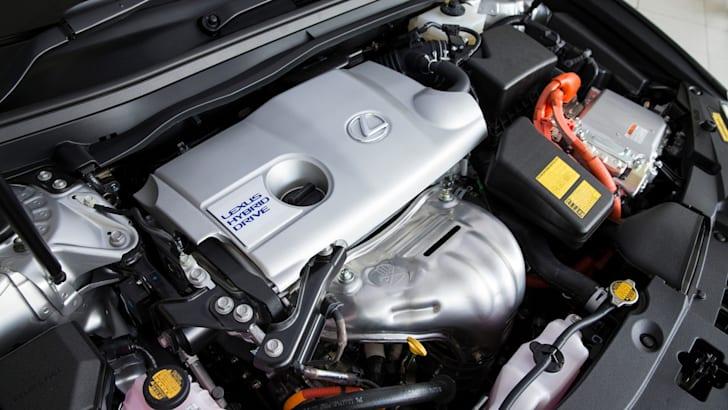 2013 Lexus ES 300h Luxury hybrid engine