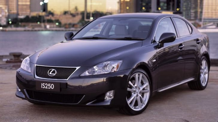2007_lexus_IS250_02