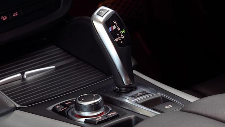 BMW X6 M shifter