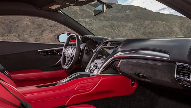 2016 Honda NSX08