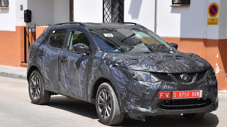 Nissan Dualis 2014 spied 2